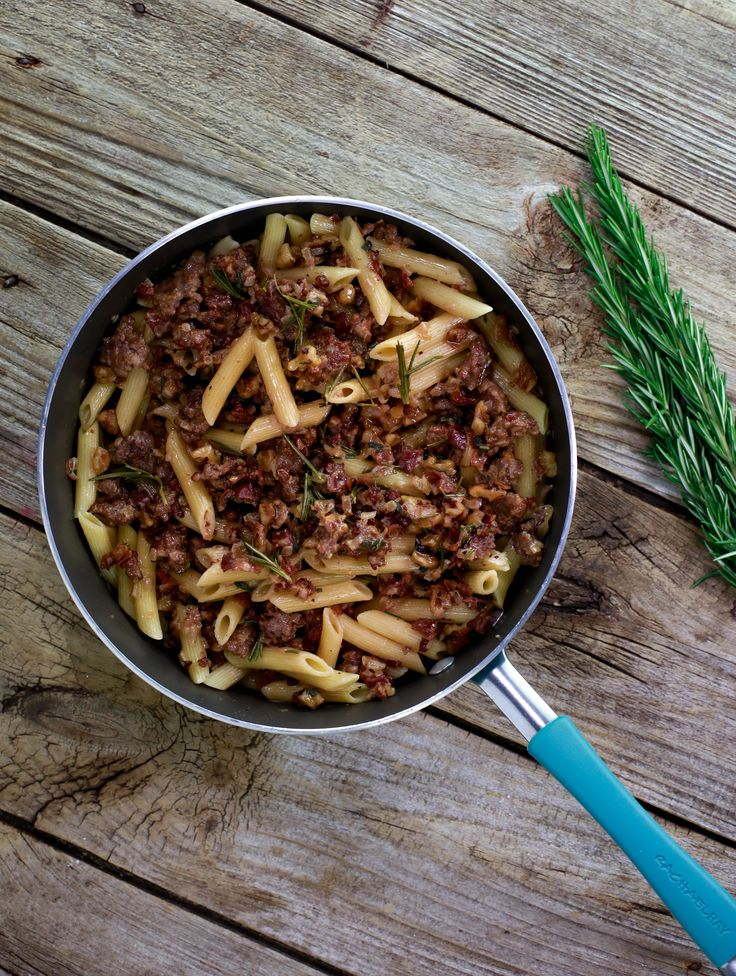 Warm up with this penne pasta with sausage and prosciutto di Parma sauce recipe.