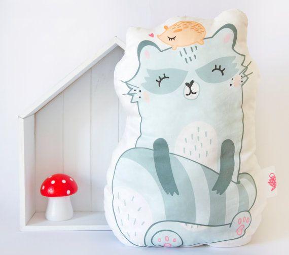 Handmade blanket : A raccoon and his hedgehog friend / Pillow / Plush - Blue / Grey - Bedroom decoration /Home /Nursery-Children/Kids/Babies