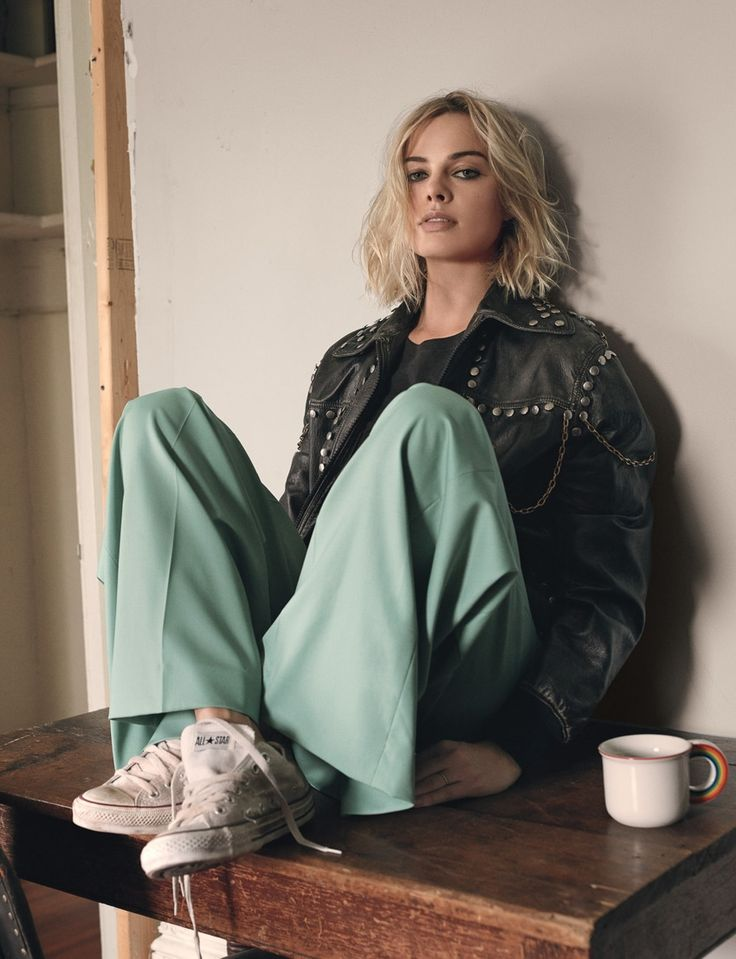 Photography: Craig McDean. Styled by: Melanie Ward. Hair: Duffy at Streeters. Makeup: Mark Carrasquillo for Nars at Streeters. Manicure: Megumi Yamamoto for Chanel at Susan Price NYC. Actress: Margot Robbie.