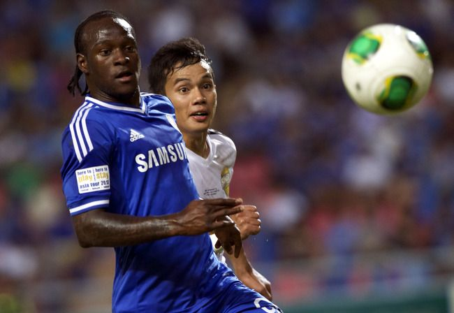 Liverpool Is Ready To Deal with Chelsea for Winger Victor Moses! According to the recent reports Liverpool close in on deal on Chelsea winger. They are targeting Chelsea midfielder Victor Moses for a season-long loan deal. Read more » http://www.iafrica.tv/?p=21938