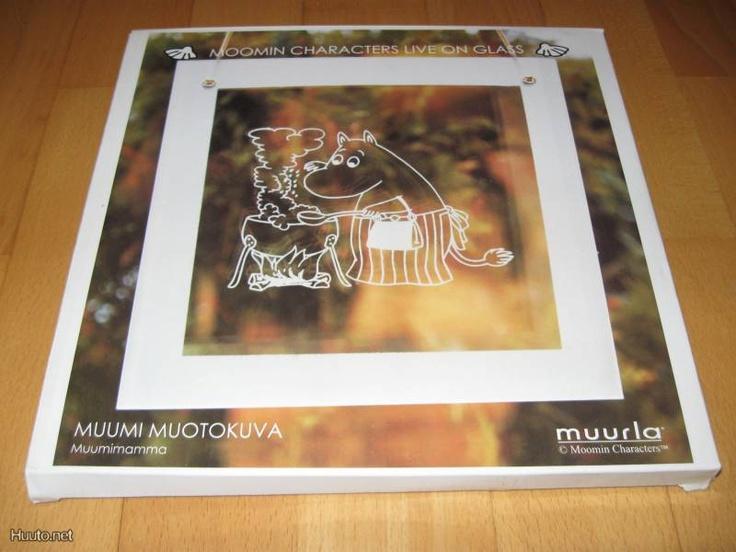 Muumi-lasitaulut eivät ole meille tervetulleita, enkä muutenkaan halua mitään muita Muumi-tuotteita kuin niitä, joita on pinnitetty Muumit-kansioon.