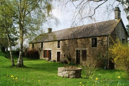 4 Bedroom House For Sale in Mayenne, FRANCE - Property Ref: 700279