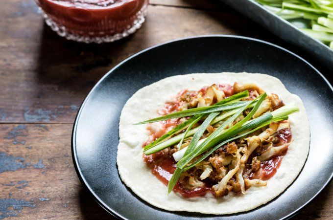 Cauliflower crispy 'duck' with fresh plum sauce and pancakes #veganrecipes #vegan #vegetarian #recipes #recipe #MeatlessMonday #whatveganseat #veganbooks #glutenfree #rawvegan #RAW