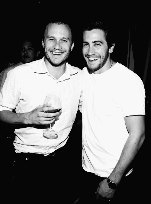heath ledger jake gyllenhaal.....wow!  i would love to be in between them