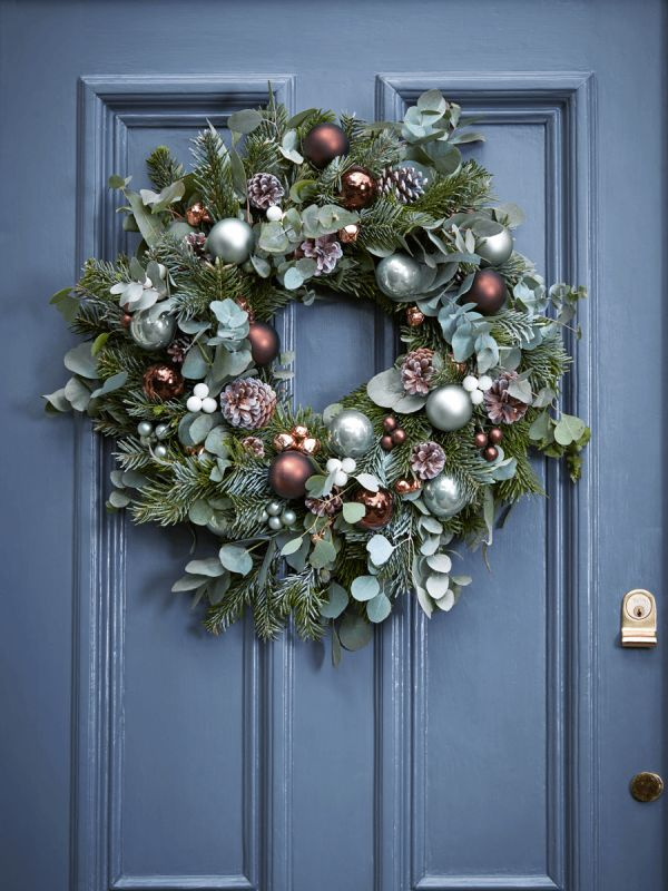 Fabulous Fresh Christmas Wreaths - Pre-Order Now for December Delivery