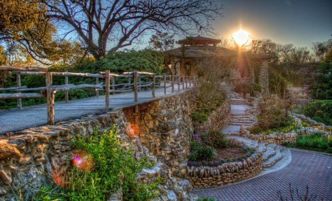 A 343-acre park in San Antonio, housing so many great activities and things to see, Brackenridge Park is a Texas Hill Country gem.