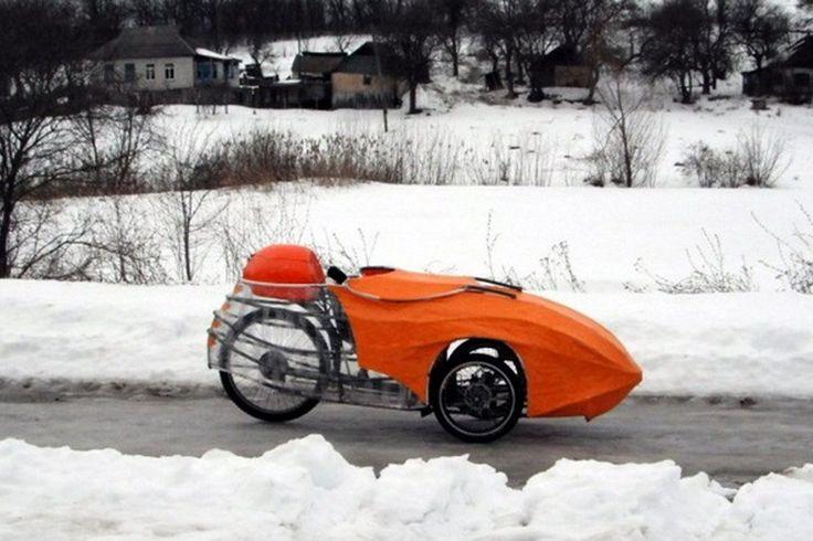 Черкасский изобретатель сделал себе необычное транспортное средство — скотчмобиль, на котором передвигается по городу и окрестностям.
