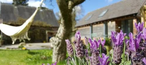 The Dorm Bed and Breakfast Eccleshall Situated in Eccleshall in the Staffordshire Region, 46 km from Birmingham, The Dorm Bed and Breakfast boasts a sun terrace and views of the garden. Free WiFi is provided and free private parking is available on site.