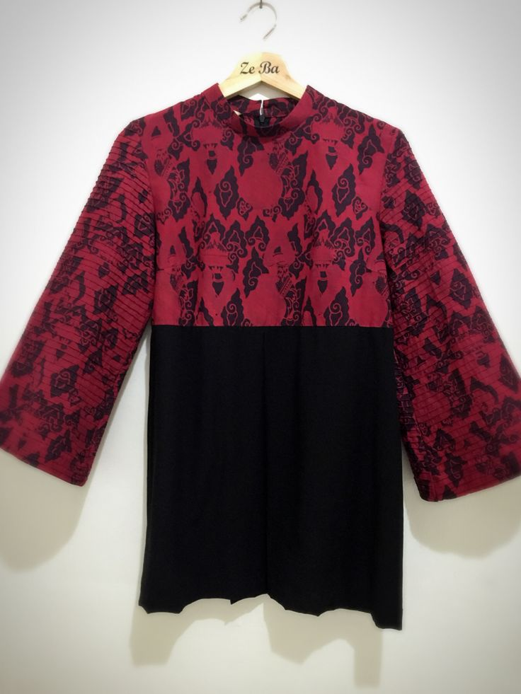 Indonesian fabric (batik) combine with chiffon black colour.