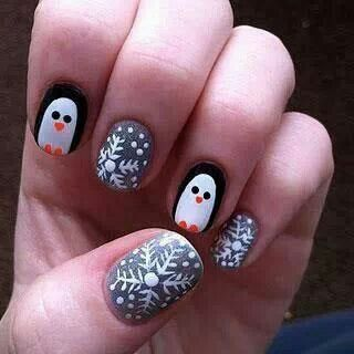 Adorable penguin nail art!! - great for the winter