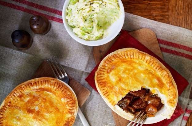 Slimming World's steak and Guinness pies with sprout mash
