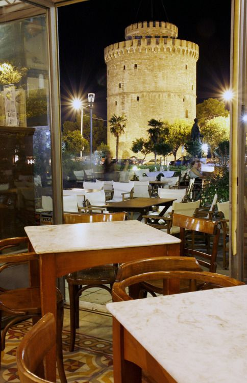"""Zythos Dore"" restaurant in Thessaloniki"