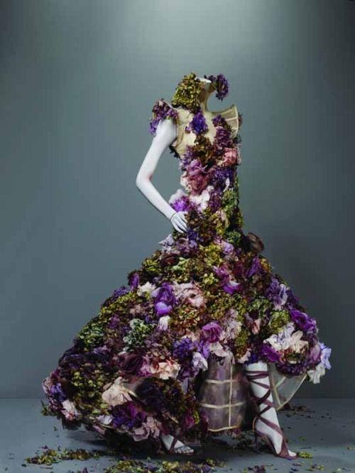 Garden in a gown. God I miss McQueen.