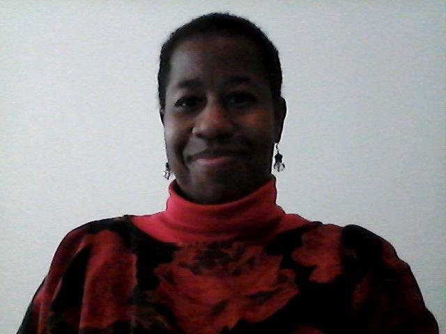 ¿Hola, como estas? Estoy practicando mi español para el trabajo porque soy un profesor sustituto con DCI. Aidos...