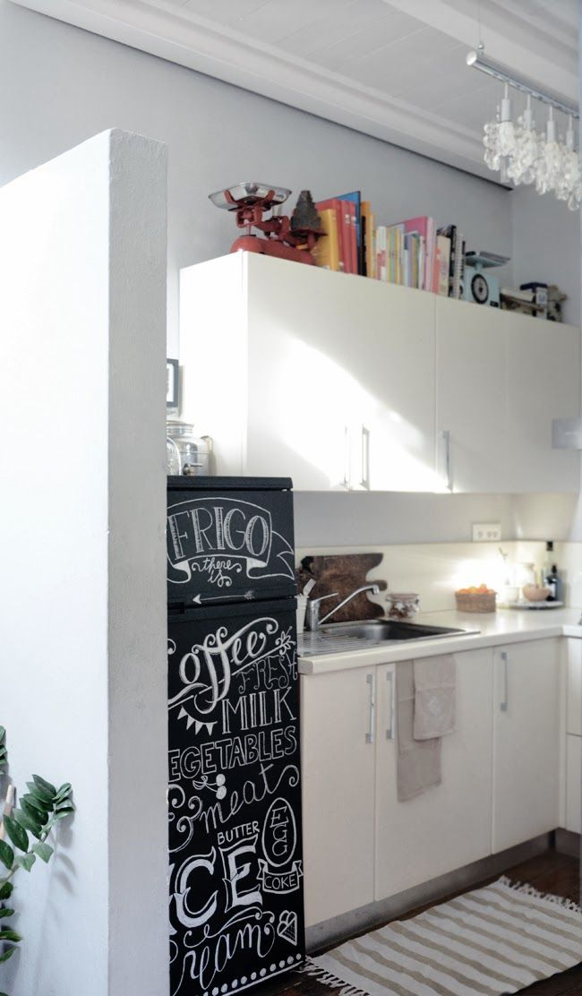 ~ DIY: Frigo lavagna ~  Chalkboard fridge ~ ph. Martina De Robertis