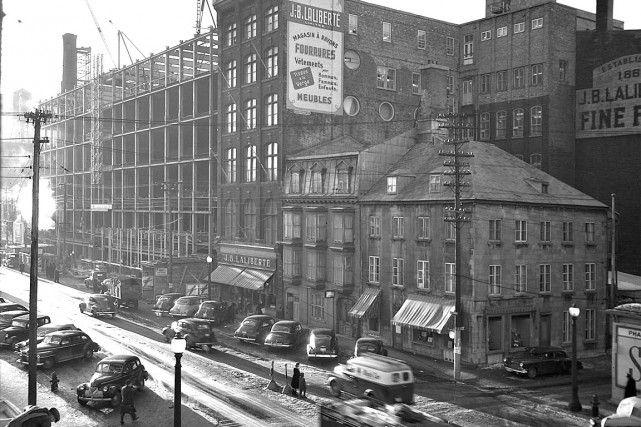 Le Magasin Laliberté en 1949 vue du Boulevard Charest