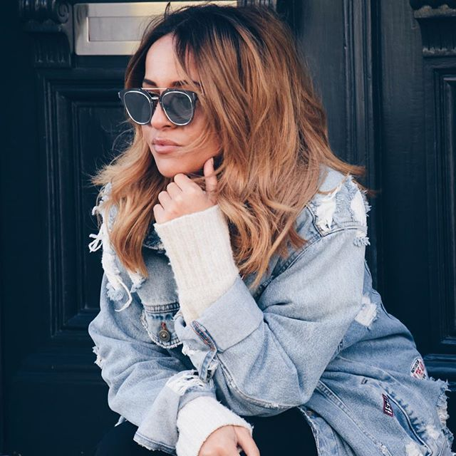 Thinking of how I'm about to cope with this cold *ss weather 😢💭 #antwerp #denim #sweater #ombre #blonde #tigi #dior #diorsunglasses #moroccan #ootd #thisisantwerp #zara #zarajacket