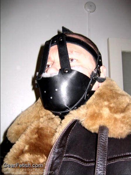 Fur Bondage 85