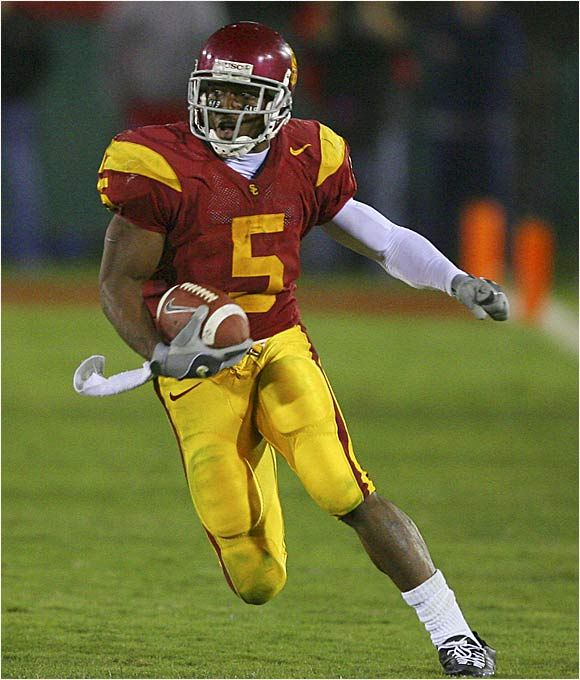 Reggie Bush in my opinion is one of the top five greatest college football players ever. Every time he touched the ball it was a touchdown.
