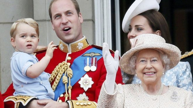 Prince George's birthday: Four years in the spotlight. Do you love Prince George ?