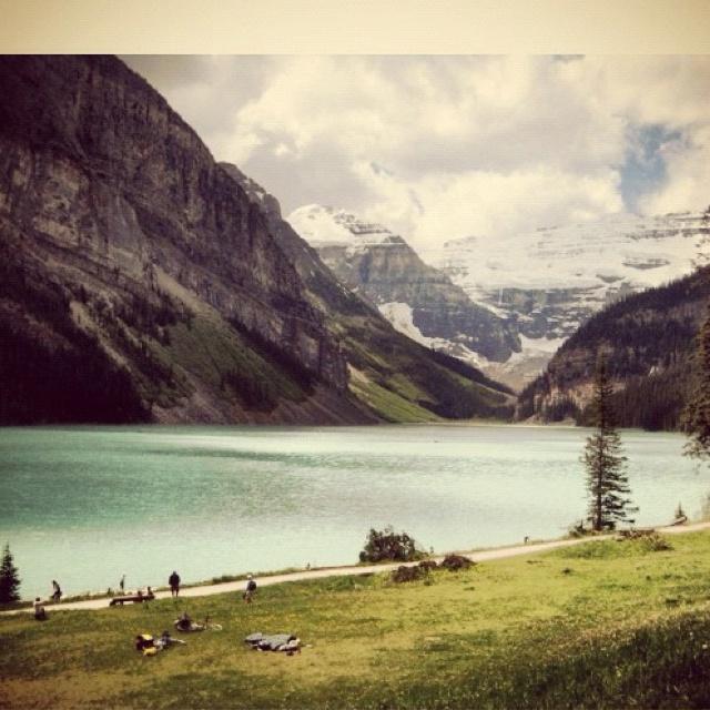 :): Travel, Photography, Wanderlust