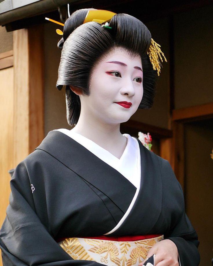 @tomtombeat - Instagram:「祇園甲部 芸妓 紗月さん Gion-koubu Geiko Satsuki #芸妓 #祇園甲部」