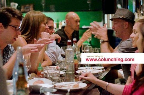 Comer sozinho nunca mais   Rede social Colunching traz o conceito de refeições coletivas em restaurantes do mundo todo.  Para acabar com os dias de refeições apressadas e solitárias Frederic de Bourguet e Sonia Zannad  criaram a rede social Colunching que sugere refeições coletivas em restaurantes do mundo inteiro, inclusive no Brasil. Pode ser um almoço no horário do trabalho, um brunch nos finais de semana ou um jantar.    Para participar é preciso se inscrever no site, escolher uma das r