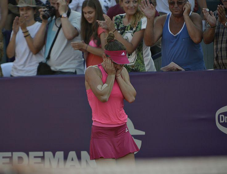 Simona Halep defeats Roberta Vinci @ Bucharest Open 2014