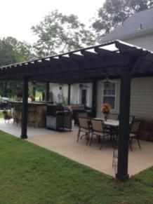 28 Stunning Small Covered Patio Ideas