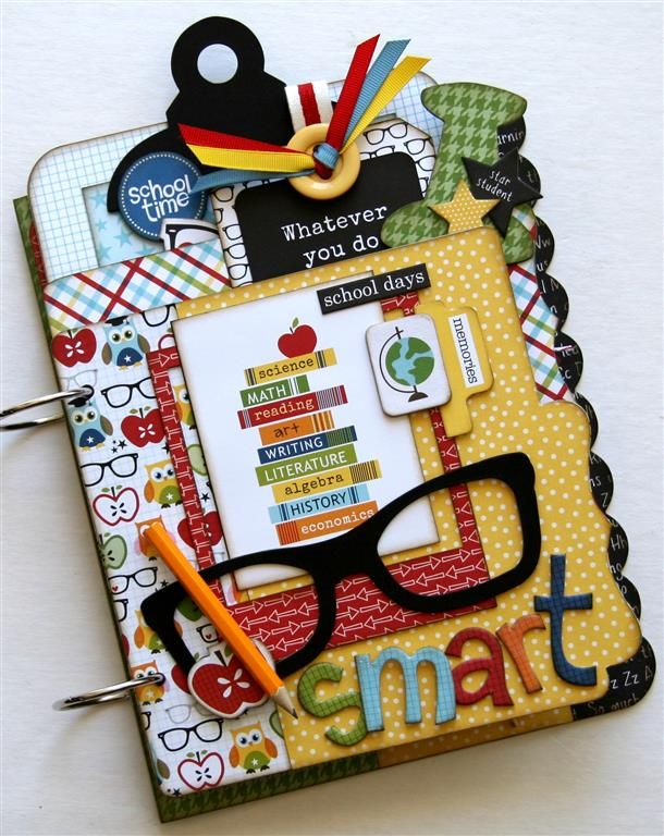 Perfect for back to school photos. This would make the perfect teacher gift too! And I love that it's a kit and I only have to assemble it.
