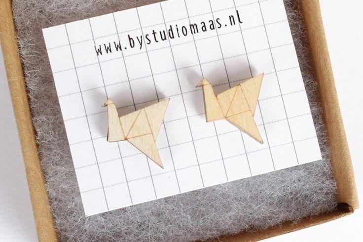 houten oorbellen - origami vogel
