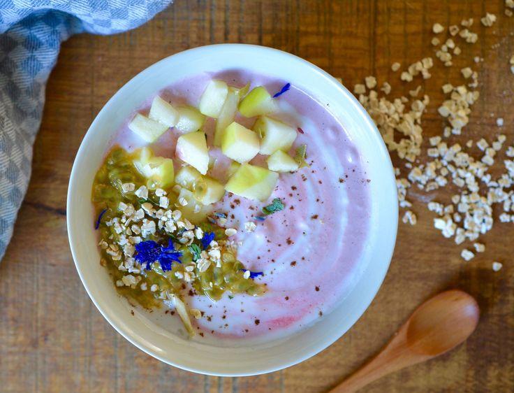 rens-kroes-cashew-brekkie-bowl