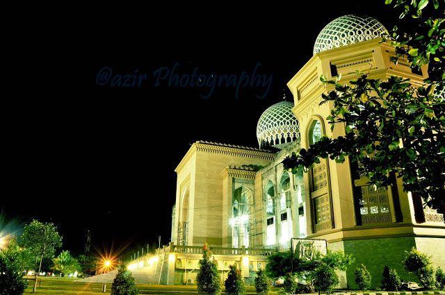 Tampak Mesjid Agung Islamic Center