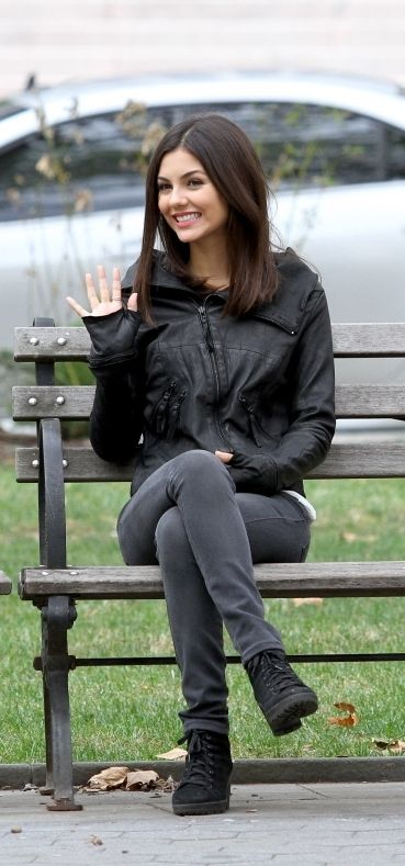 Victoria Justice is another pretty and humble celebrity