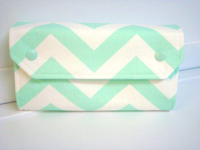 Cash Envelope Wallet / Dave Ramsey System / Zipper Envelopes Budget Wallet – Mint Green Chevron