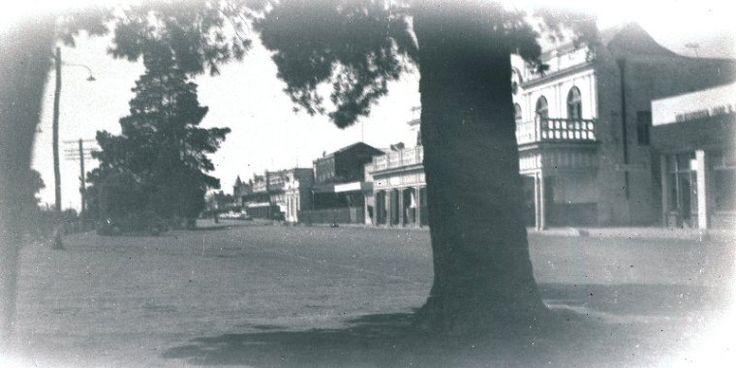 Katanning, ca 1955 http://encore.slwa.wa.gov.au/iii/encore/record/C__Rb3008954?lang=eng