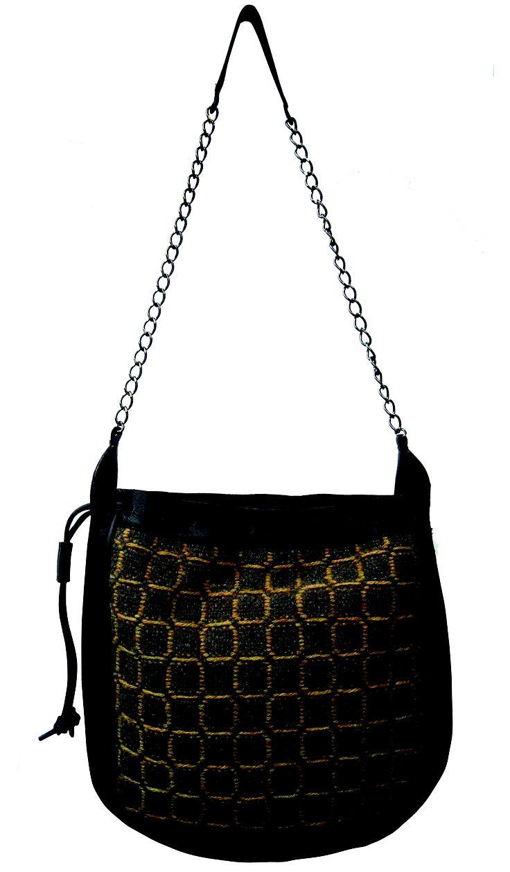 Tribù bag in handwoven fabric nuba gold. 100% shetland wool. chain handle