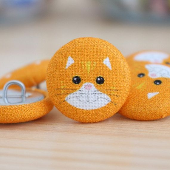Fabric Covered Buttons - Cat on Orange - 1 Medium Fabric Buttons