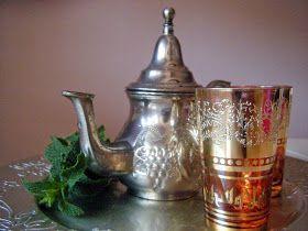 Una manera sencilla y al alcance de todos de preparar un delicioso té moruno.