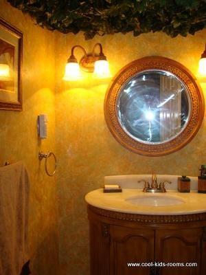 Jungle Bathroom   My Yellow Jungle Bathroom