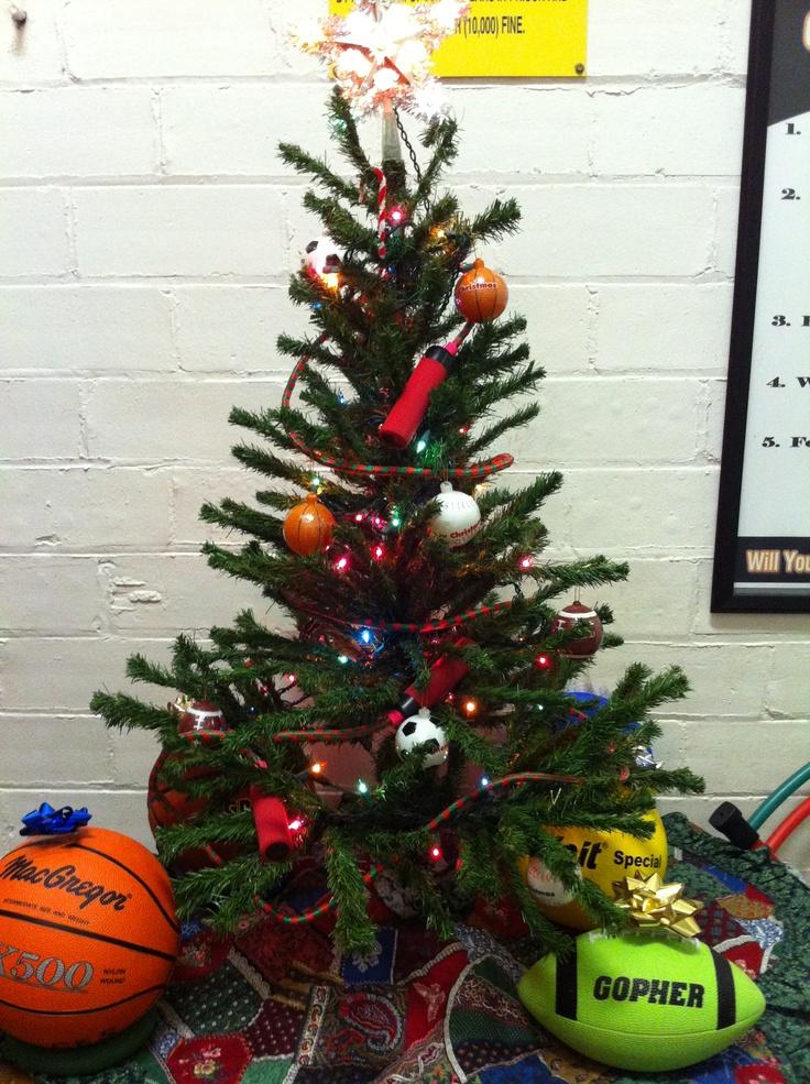 Sports themed christmas tree holiday ideas pinterest