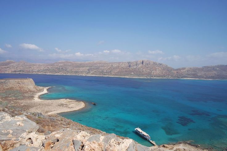 Are you thinking of visiting Crete? Here are a few things you can see in Chania, one of the most beautiful places in Greece ideal for your holidays