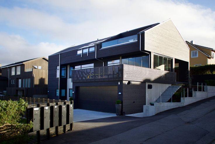 #Urbanhus #Bolig #Eksteriør #Hjem #Ferdighus #Contemporary #ByggeHus #HomeDesign #Designhus #Modulhus #NordicDesign #NordicStyle #Funkishus