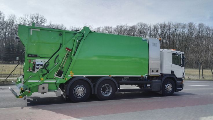 Śmieciarko-myjka do pojemników na odpady NTM KGHH-KW KOMUNAL WASH na podwoziu SCANIA dla firmy MZO Pruszków. Wheelie bin washers, washing bins garbage container truck NTM KGHH-KW, garbage collector, garbage trucks, Garage compactor, refuse truck, light truck, dump garbage trucks. Müllfahrzeug, Behälterwascheinrichtung NTM KOMUNAL WASH entleert und reinigt Sammelbehälter,