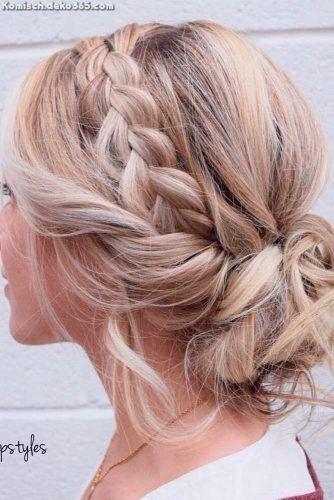 Atemberaubende Frisuren und Zicke von mittlerer schicker Länge