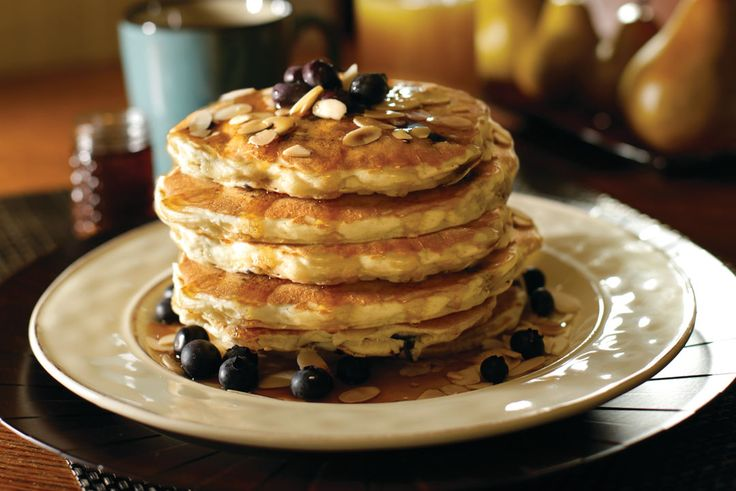 Online Exclusive: Station 400's Blueberry Pancake Recipe - Make the blueberry pancakes from Station 400 that are featured on our February 2016 cover.
