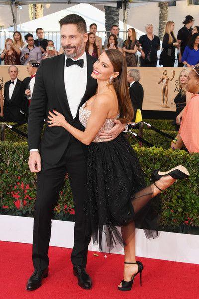 Joe Manganiello and Sofia Vergara - The Cutest Couples at the 2017 SAG Awards - Photos