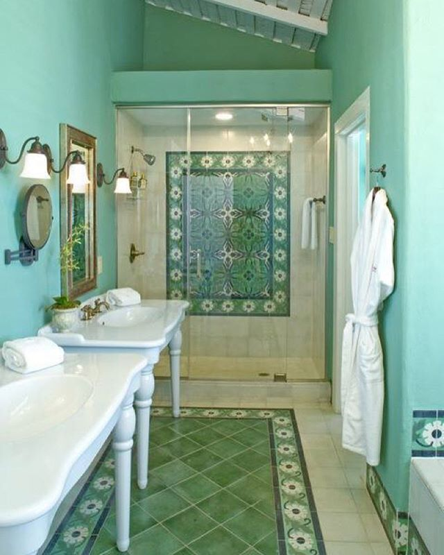 Turquoise really makes this bathroom pop! (photo by Leedy Interiors)  #HAinspiration #HomeAdvisor #homeprojects…