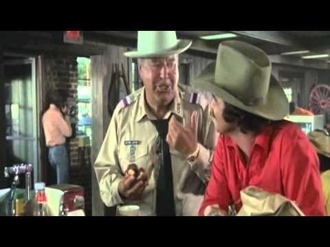 Jackie Gleason & Burt Reynolds in Classic Scene from SMOKEY & THE BANDIT -- DIABLO SANDWICH & DR. PEPPER!