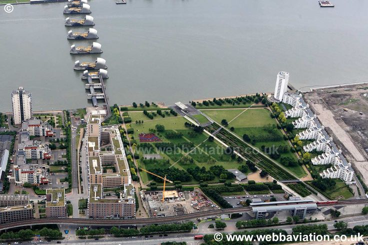Thames Barrier Park ic13039a